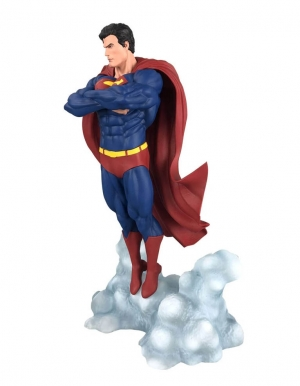 figurka superman ascendant dc 2
