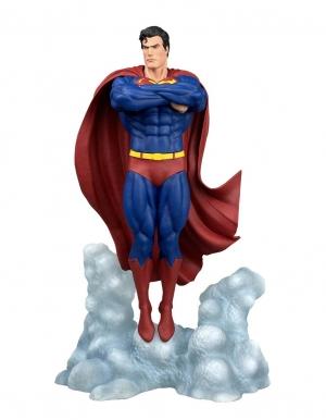 figurka superman ascendant dc